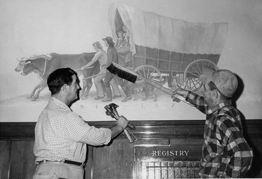 Overland Pioneers Mural (Image)