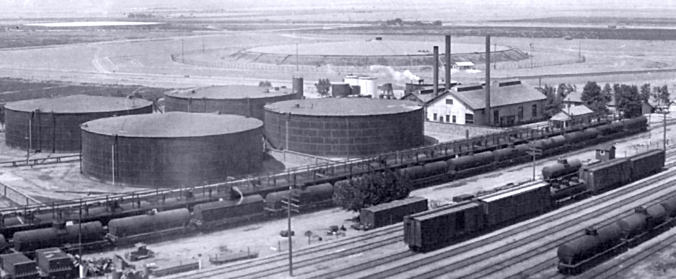 Tracy Associated Oil Depot (1926 Photo)