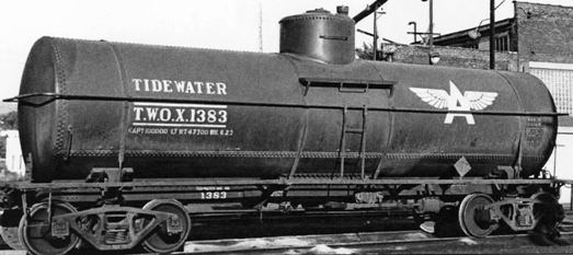 "Associated Oil ""Tidewater"" railroad tank car (Photo, Circa 1940s)"