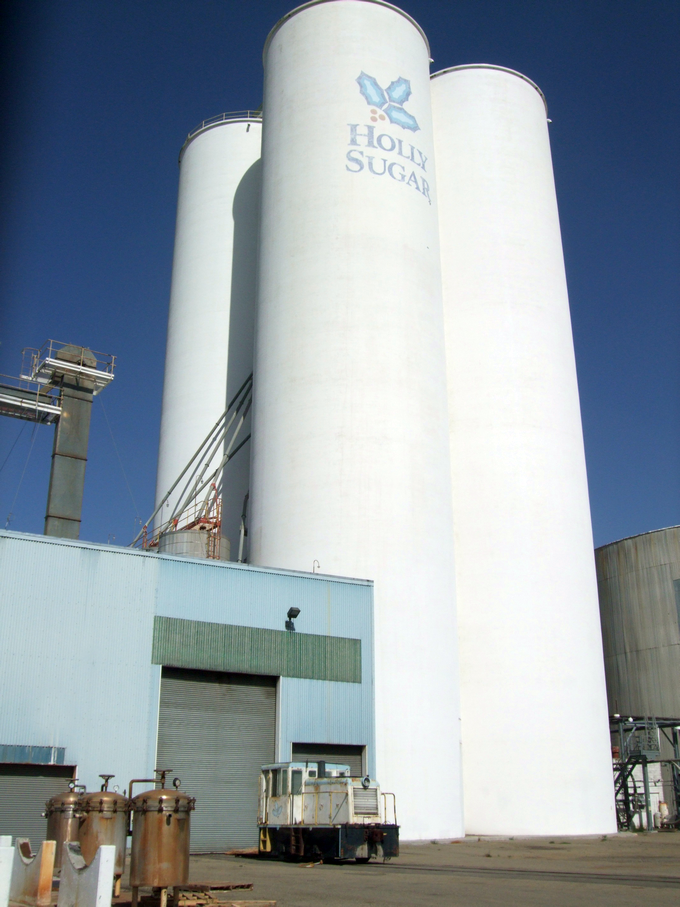 Holly Sugar Silos, Tracy, Calif. (Photo)