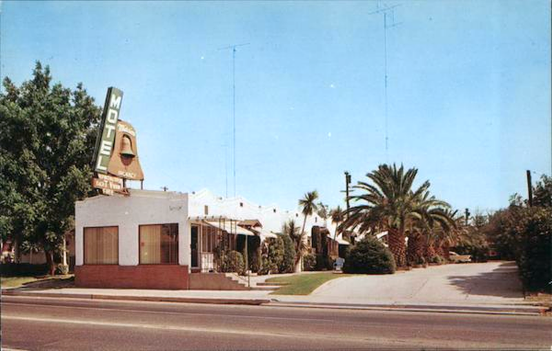 Tracy Mission Motel (Picture Postcard)