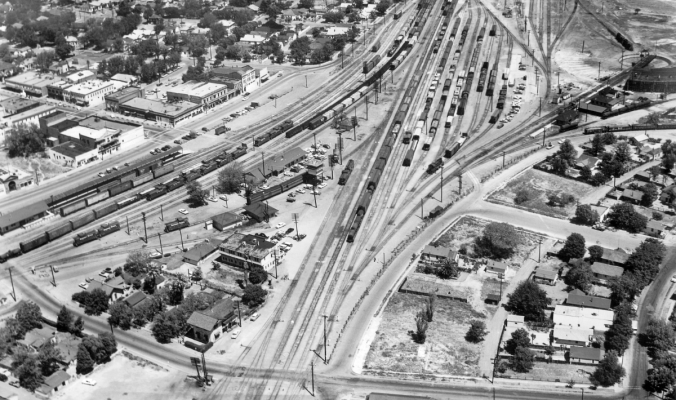 Tracy CA Aerial Photo (1950s)