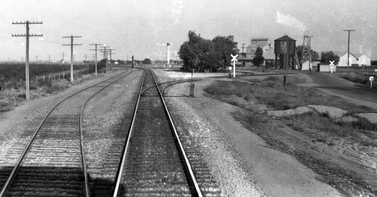 The Carbona Curve (Circa 1914 Photo)